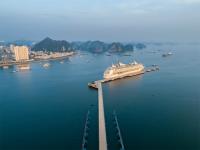 Vẻ đẹp cảng tàu khách Quốc Tế tại vịnh Hạ Long